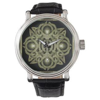 石造りの神秘的な記号 腕時計