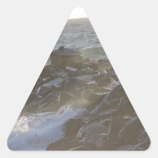 石 三角形シール