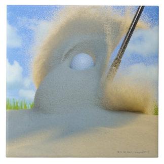 砂からゴルフ・ボールに当るサンドウェッジ タイル