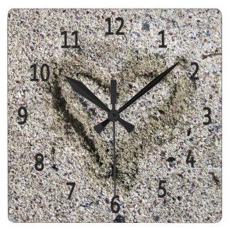 砂の写真のロマンチックなハート スクエア壁時計
