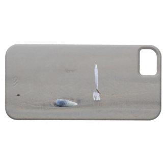 砂浜で側付くプラスチックフォーク iPhone 5 CASE
