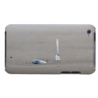 砂浜で側付くプラスチックフォーク iPod TOUCH Case-Mate ケース