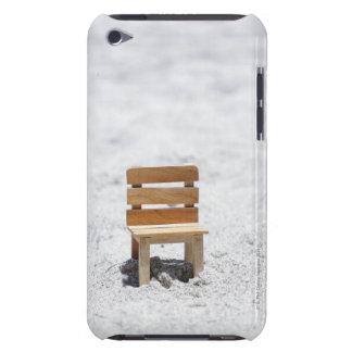 砂浜の小さい椅子 Case-Mate iPod TOUCH ケース