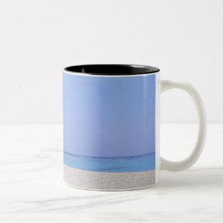 砂浜9 ツートーンマグカップ