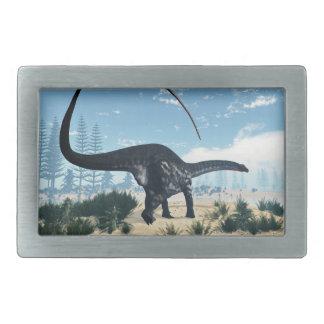 砂漠のアパトサウルスの恐竜- 3Dは描写します 長方形ベルトバックル