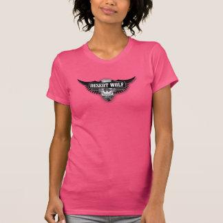 砂漠のオオカミ牧場及び女性アメリカ人のティーを準備すること Tシャツ