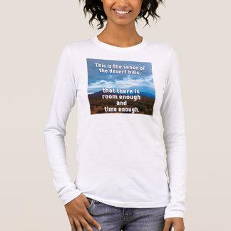 砂漠の丘 Tシャツ