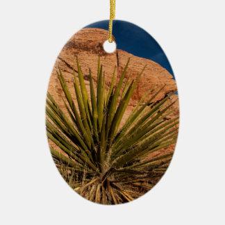 砂漠の植物の生命 セラミックオーナメント