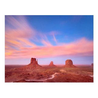 砂漠の谷上の強風 ポストカード