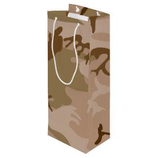 砂漠の迷彩柄-ブラウンのカムフラージュ ワインギフトバッグ