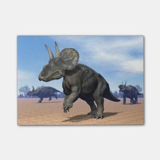 砂漠のDiceratops/nedoceratopsの恐竜 ポストイット