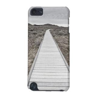 砂漠を通した遊歩道 iPod TOUCH 5G ケース