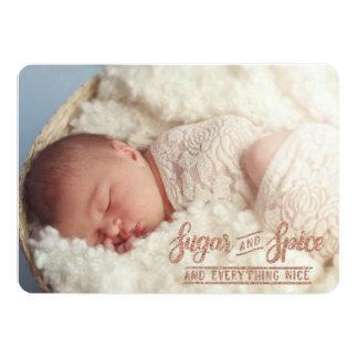 砂糖およびスパイスのばら色の金ゴールドの写真の誕生の発表 カード
