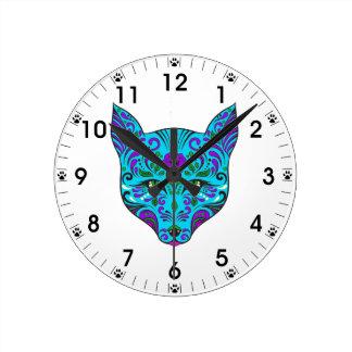 砂糖のスカルの青および紫色のオオカミの頭部 ラウンド壁時計