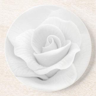 砂糖の白いバラ サンドストーンコースター