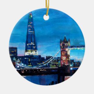 破片が付いているロンドンタワー橋 セラミックオーナメント