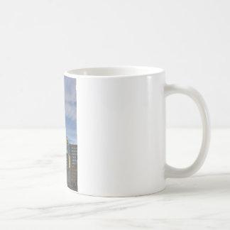 破片の白のマグ コーヒーマグカップ
