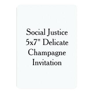 """社会正義5x7""""敏感なシャンペンの招待状 カード"""