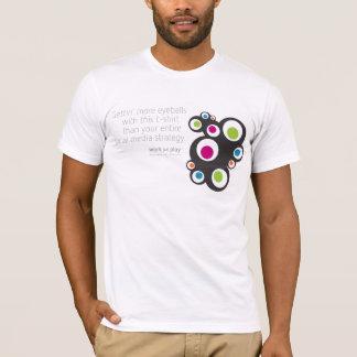 社会的な媒体: Gettingの眼球 Tシャツ