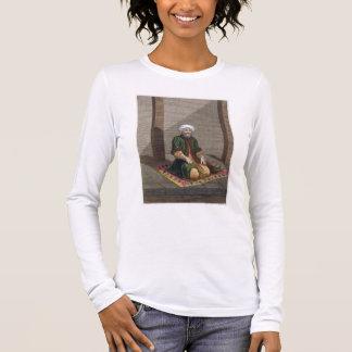 祈っているトルコの人18世紀(版木、銅版、版画) 長袖Tシャツ