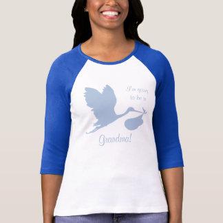 祖母のための妊娠の発表 Tシャツ