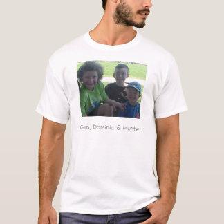 祖母の子供 Tシャツ