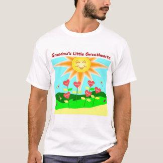 祖母の小さい恋人 Tシャツ