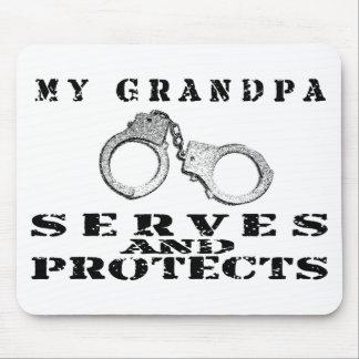 祖父のサーブは-帽子を保護します マウスパッド