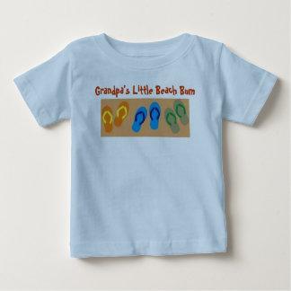 祖父の少しビーチののらくら者 ベビーTシャツ