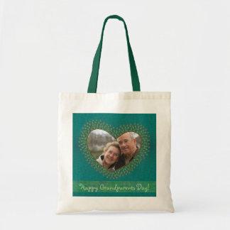 祖父母のための飾られたハートの写真フレームのバッグ トートバッグ