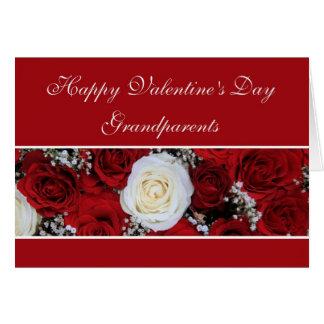 祖父母のバレンタインデーの赤と白バラ カード