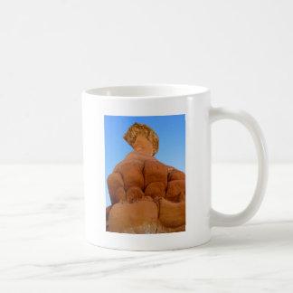 神の握りこぶし コーヒーマグカップ