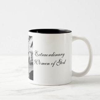 神の異常な女性 ツートーンマグカップ