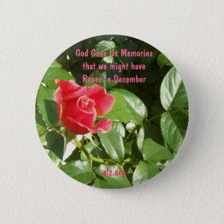 神は私達にバラをAlzheimerのボタン与えました 5.7cm 丸型バッジ