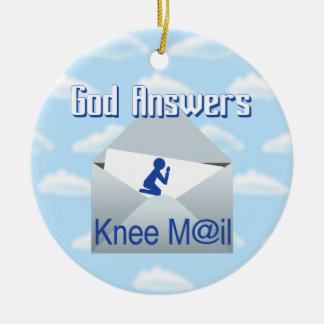 神は膝郵便ギフトのオーナメントに答えます セラミックオーナメント
