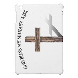 神は険しい十字を持つ私の軍の妻を賛美します iPad MINIカバー