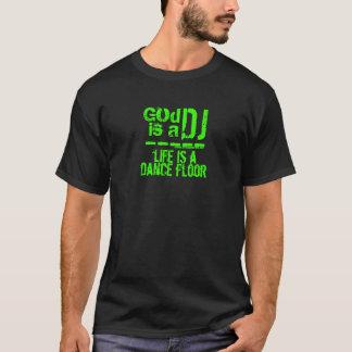 神はDJ IIIです Tシャツ