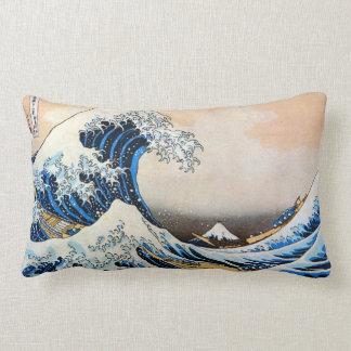 神奈川沖浪裏、北斎の素晴らしい波、Hokusai、Ukiyo-e ランバークッション