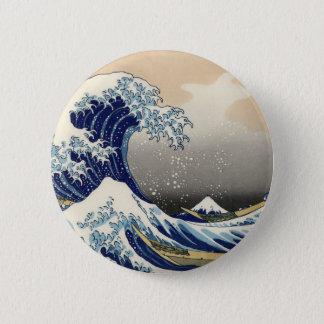 神奈川Katsushikaの津波を離れたHokusaiの素晴らしい波 5.7cm 丸型バッジ