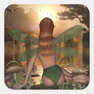 神秘的な妖精の監視水反射のステッカー スクエアシール