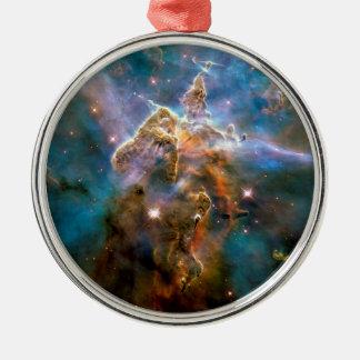神秘的な山のカリーナの星雲のハッブルの宇宙の写真 メタルオーナメント