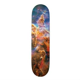 神秘的な山のカリーナの星雲のハッブルの宇宙の写真 21.6CM オールドスクールスケートボードデッキ