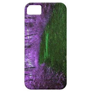 神秘的な紫色の森林デジタル混合メディアの芸術 iPhone SE/5/5s ケース