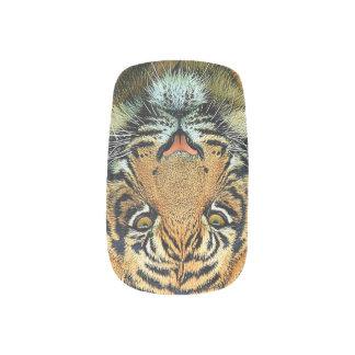 神秘的な野生のトラ ネイルアート