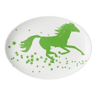 神秘的な馬の大皿 磁器大皿