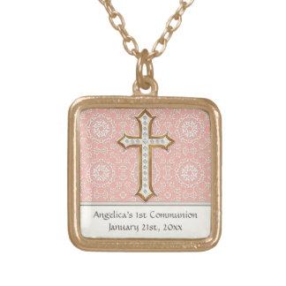 神聖な最初聖餐の金ゴールドの金十字のレースの女の子 ゴールドプレートネックレス