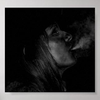 神聖煙ります ポスター