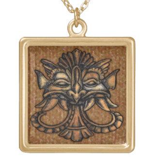 神話上の姿のニューエイジのペンダント ゴールドプレートネックレス