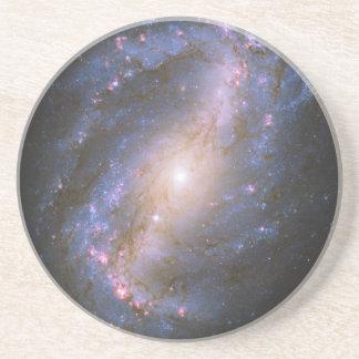 禁止された渦状銀河NGC 6217 コースター