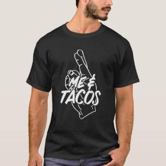 """私およびタコスは""""これのようです""""。  タコスの恋人 Tシャツ"""
